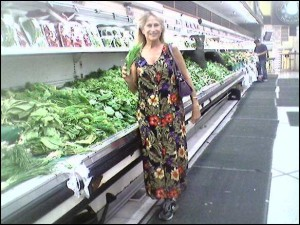 Kathy in Zion Market 9-23-15 812404440_2874571766_0